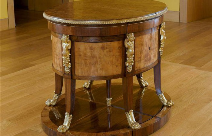 BROWSE 2017 MODELS - The Most Expensive Desk In The World – Classic Italian Furniture